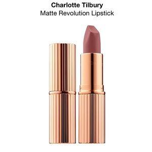 ✨NWT✨ Charlotte Tilbury Matte Revolution Lipstick